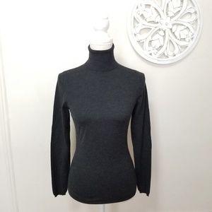 Brunello cucinelli size XS cashmere sweater